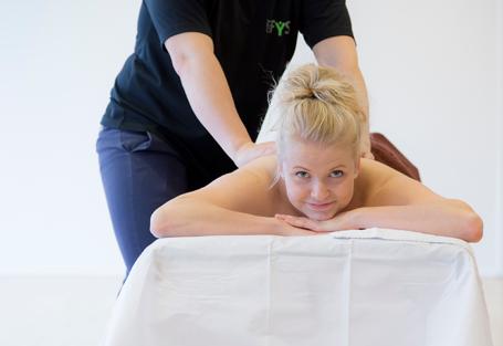 Massageuddannelse-massør-jobmuligheder